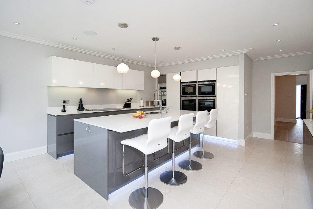 Luxury Kitchen Ideas Standard Kitchens Vs Luxury Kitchen Coordination
